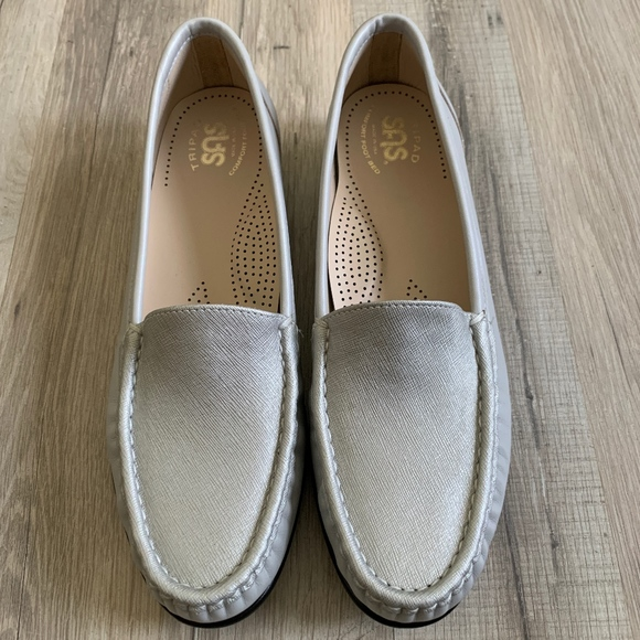 SAS Shoes - SAS Leather Comfort Loafers Size 9